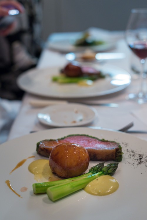saddle of lamb, asparagus and sticky sweetbread buns - and German Syrah