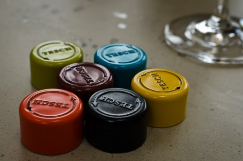 colour coding on screwcaps to distinguish wines