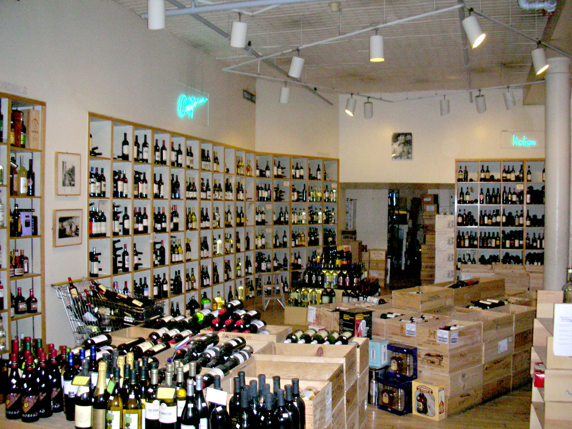 inside Soho Wines